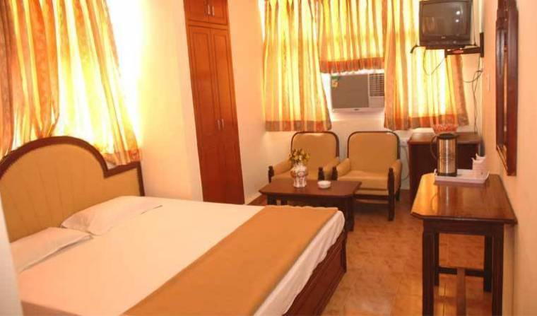 Hotel Harjas Palace - Search available rooms for hotel and hostel reservations in New Delhi 10 photos